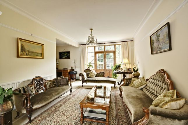 Thumbnail Property for sale in Gunnersbury Crescent, Acton, London