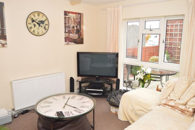 1 bed flat to rent in Copperfield, Chigwell