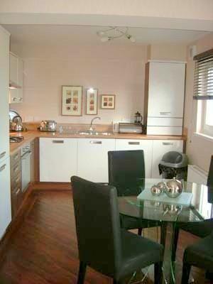 Thumbnail Flat to rent in 94 Monart Road, Perth