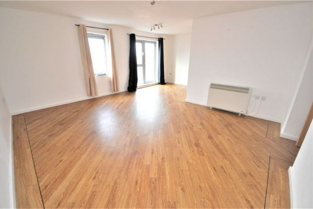 2 bed flat to rent in River View, Low Street, Sunderland, Tyne & Wear SR1