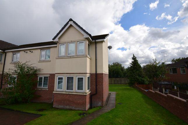 Thumbnail Flat to rent in Fairway, Rochdale