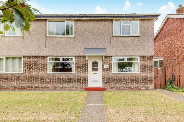 Thumbnail Flat to rent in Solingen Estate, Blyth