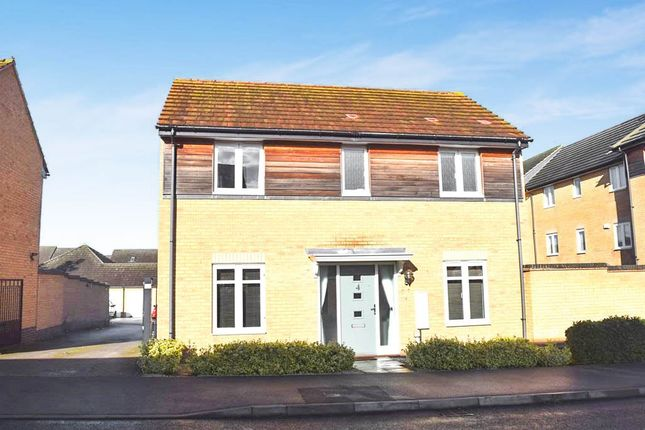 3 bed detached house for sale in Pinder Avenue, Gunthorpe, Peterborough