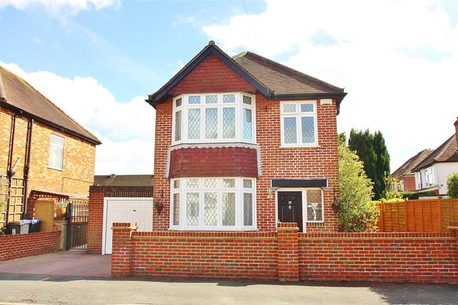 Thumbnail Detached house for sale in Knaphill, Woking, Surrey