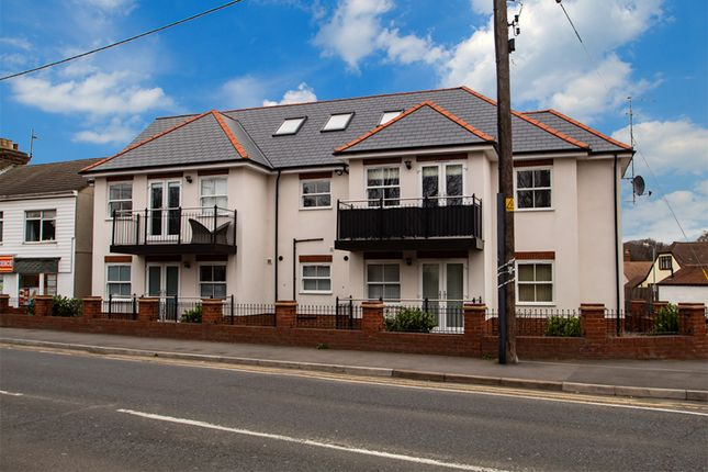 Thumbnail Flat for sale in Folly Lane, Hockley