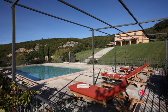 Properties for sale in San Casciano dei Bagni, Siena, Tuscany, Italy ...