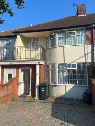 Thumbnail Terraced house to rent in Hanover Garden, Barkingside