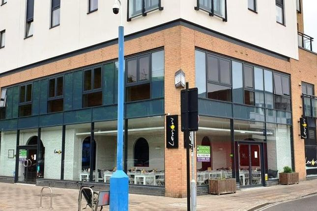 Thumbnail Restaurant/cafe to let in 100-102 East Street, Southampton