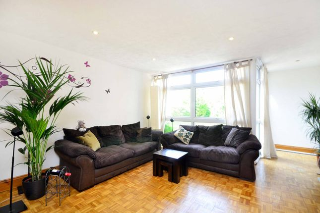 Thumbnail Property to rent in Hillview Court, Woking