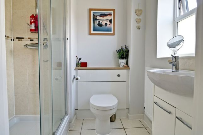 Ensuite To Bed 1 of Amport Road, Sherfield-On-Loddon, Hook RG27