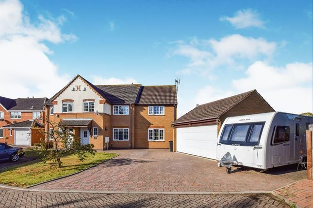 Thumbnail Property for sale in Little Townsend Close, Elstow, Bedford