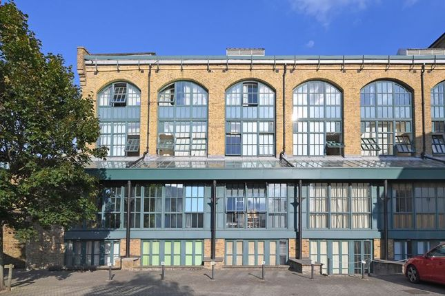 Photo 15 of Burrells Wharf Square, London E14
