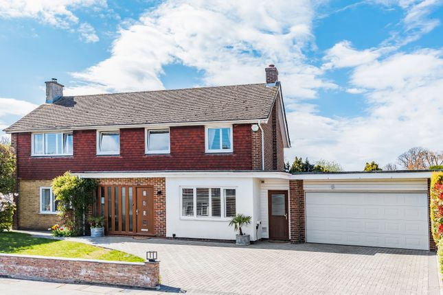 Thumbnail Detached house to rent in Orlestone Gardens, Chelsfield, Orpington