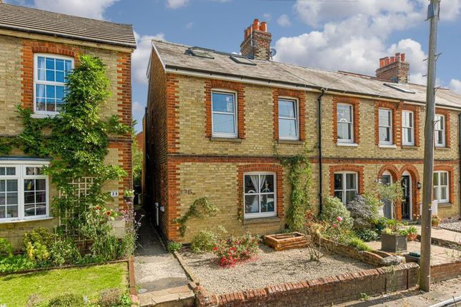 3 bed property for sale in Grosvenor Mews, Prices Lane, Reigate RH2