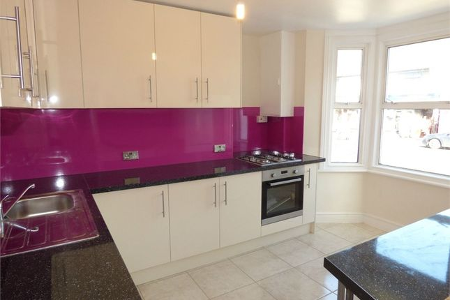 Thumbnail Flat to rent in Stoke Road, Slough, Berkshire
