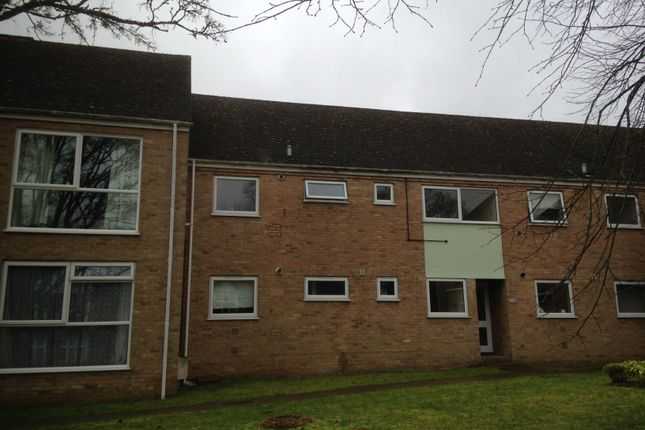 Thumbnail Flat to rent in Boundary Close, Woodstock