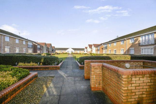 Thumbnail Flat for sale in Coleridge Way, Elstree, Borehamwood