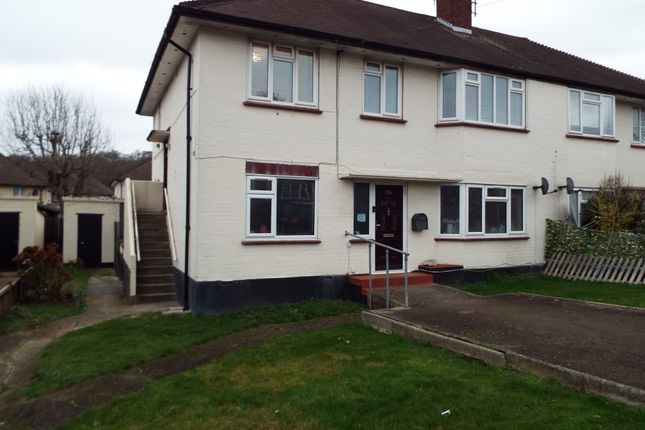 Thumbnail Maisonette for sale in Clayhall, Ilford, Essex