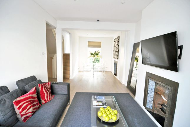 Thumbnail Terraced house to rent in Abingdon Road, High Street Kensington, London