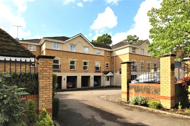 Thumbnail Flat for sale in St Johns Road, Woking, Surrey