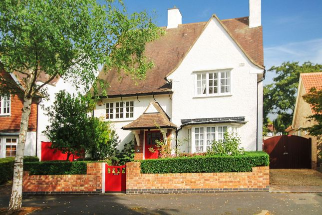 Thumbnail Detached house for sale in Morland Avenue, Stoneygate, Leicester
