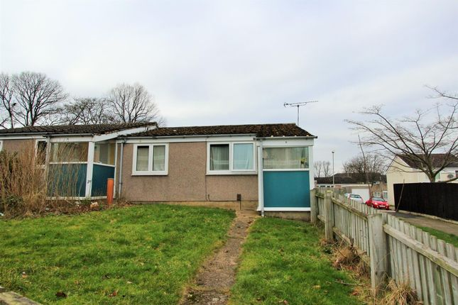Thumbnail Bungalow to rent in Chalgrove Walk, Leicester