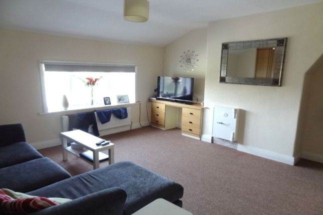 Thumbnail Flat to rent in Keighley Road, Colne