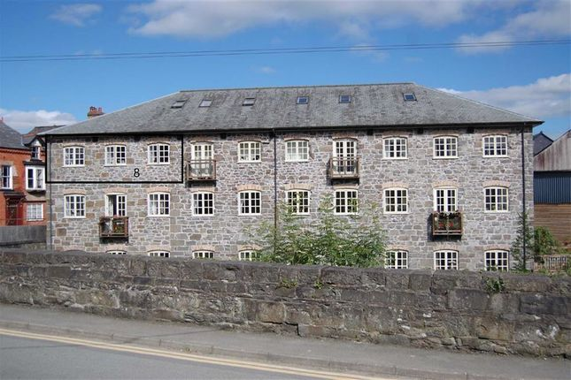 Thumbnail Flat to rent in 8, Town Mill, Short Bridge Street, Llanidloes, Powys