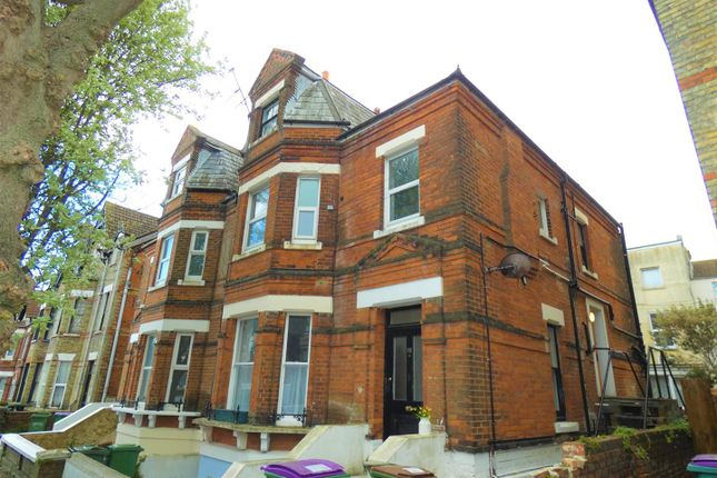 Thumbnail Property to rent in Connaught Road, Folkestone