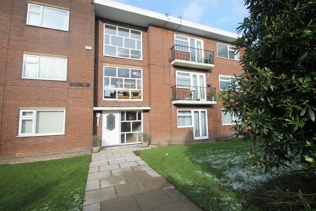 Thumbnail Flat to rent in Eccles Old Road, Salford