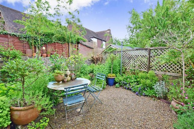 3 bed end terrace house for sale in Lancaster Street, Lewes, East Sussex