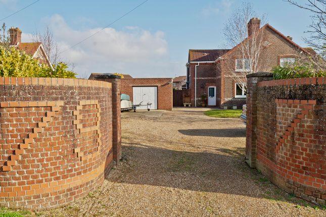 Thumbnail Cottage for sale in Stubbington Lane, Stubbington, Fareham