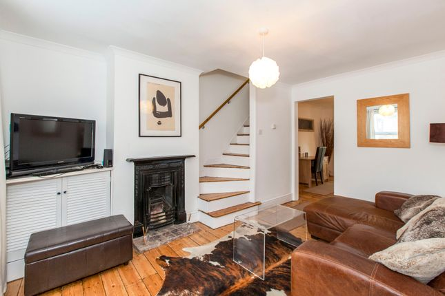 Thumbnail Terraced house to rent in St. Leonards Road, Windsor
