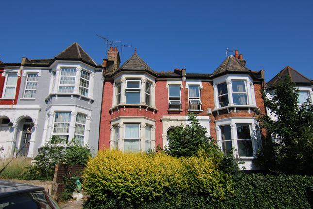 Thumbnail Terraced house to rent in Wightman Road, Finsbury Park