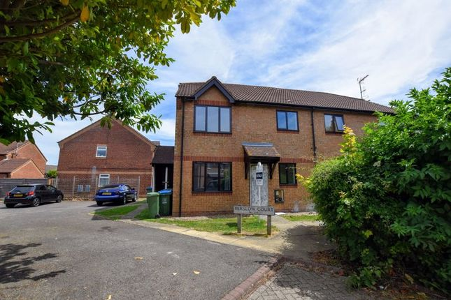 Flat for sale in Parslow Court, Aylesbury