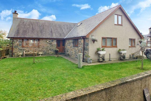 Thumbnail Detached bungalow for sale in Morfa Bychan, Porthmadog, Gwynedd.