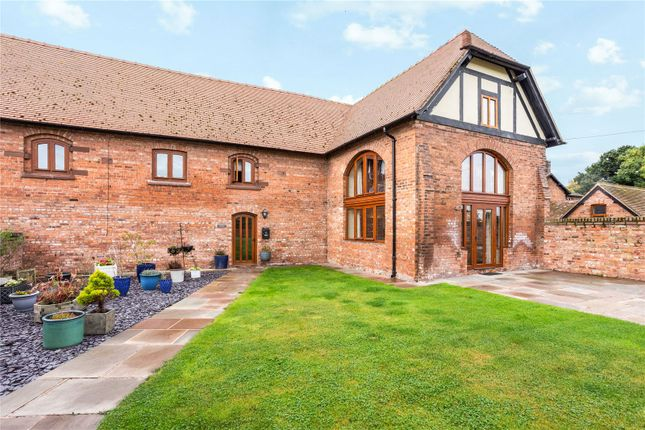 4 bed semi-detached house to rent in Dodleston Lane, Pulford, Chester CH4