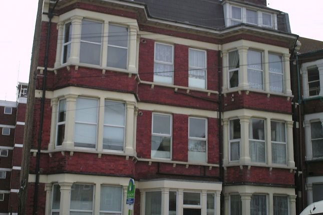 Thumbnail Flat to rent in Second Avenue, Margate