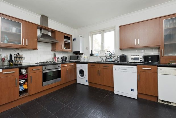 Thumbnail Terraced house for sale in Central Hill, London