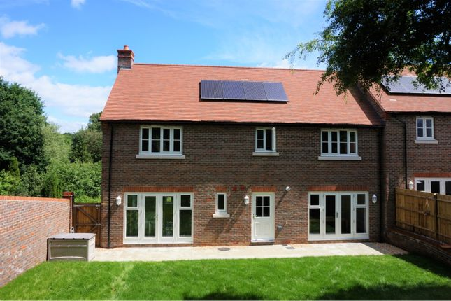 Thumbnail Country house for sale in Tanners Reach, Sheet Petersfield