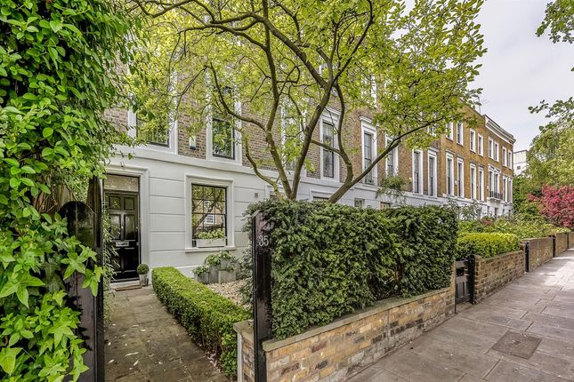 Thumbnail Terraced house for sale in Ordnance Hill, London