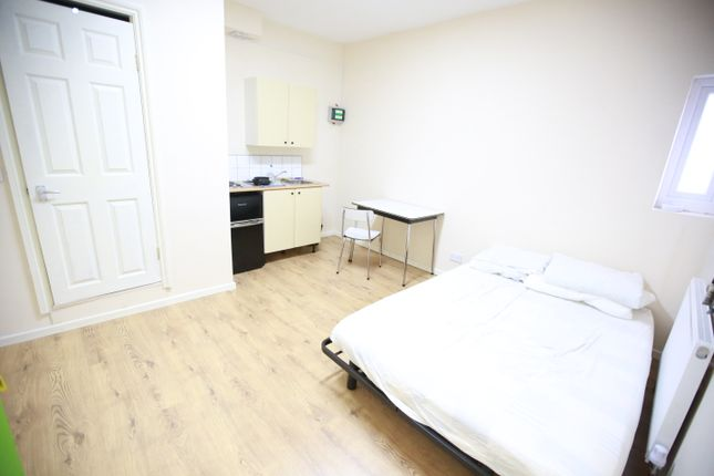 Studio to rent in Northolt Road, South Harrow