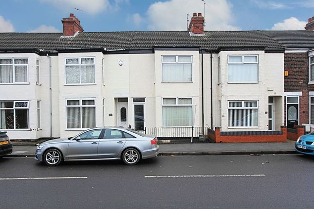 Thumbnail Terraced house for sale in Anlaby Park Road South, Hull