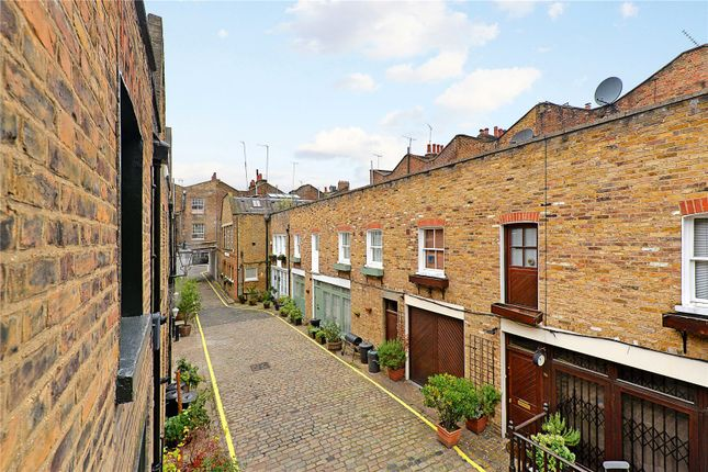 Picture No. 01 of Junction Mews, London W2
