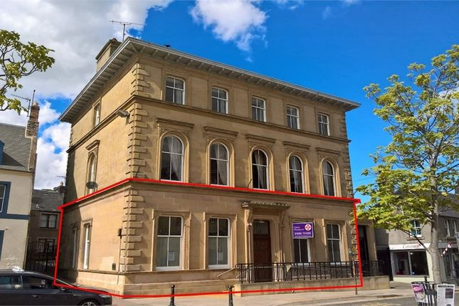 Commercial property to let in Market Square, Duns