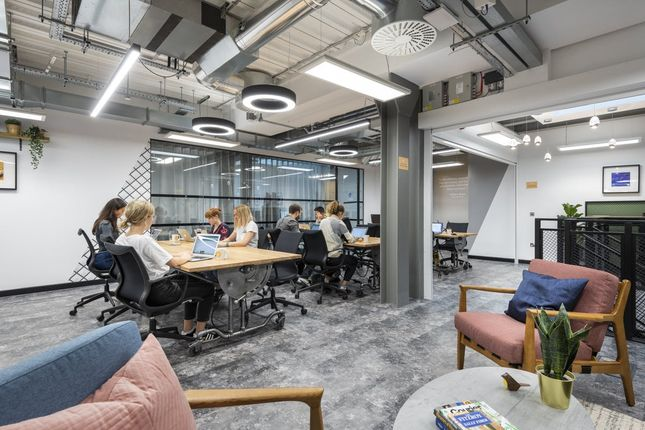 Office to let in Foley Street, London