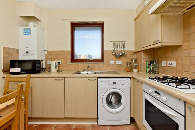 Kitchen 2 of Harrismith Place, Easter Road, Edinburgh EH7