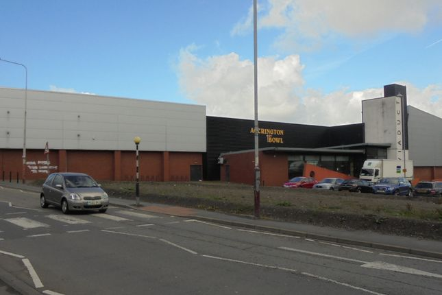 Thumbnail Retail premises to let in Retail / Leisure Opportunity, Hyndburn Road, Accrington