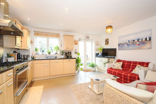 Thumbnail Town house for sale in Halcyon Close, Witham