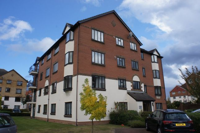 1 bed flat to rent in St. Annes Mount, Redhill RH1